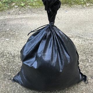 耐候性5年土嚢袋 防災の準備、重りの代わりに如何ですか❓