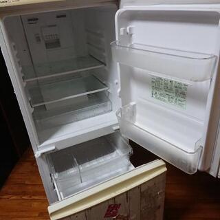 (取り引き中)シャープ冷蔵庫あげます - 宜野湾市