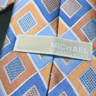 マイケルコース ネクタイ 数時間着用
