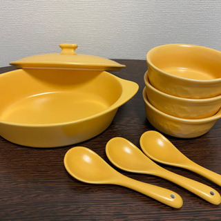 差し上げます【未使用品】陶器の小鍋、取り皿×3、スプーン×3セットの画像