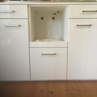 ニトリ 食器棚 2個セット 1個でも可の画像