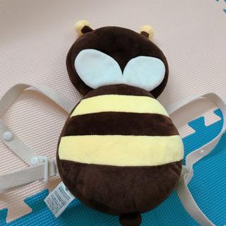 頭ごっつん防止 蜂型