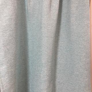 【値下げ】遮光カーテン2枚セット 長さ135cm×幅105cm