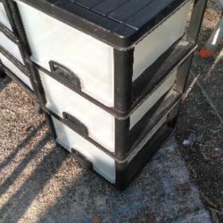 三段ボックス