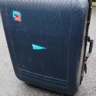 スーツケース(大きめです)