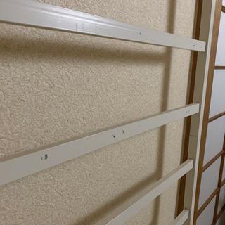 突っ張りラック 壁掛け 白 インテリア - 家具