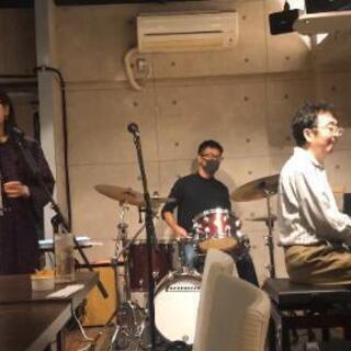 洋楽、ジャズを英語でかっこよく歌いたい方の発音講座
