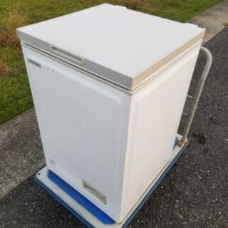 冷凍ストッカー