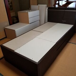 🔵ニトリ 木製引き出し4杯シングルベッド