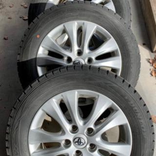 タイヤ交換 スタッドレスタイヤ タイヤ重い