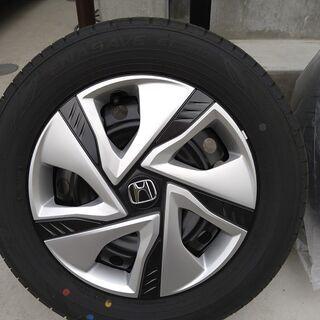 11月26日納車。新車ホンダフリード正規タイヤ&ホイール