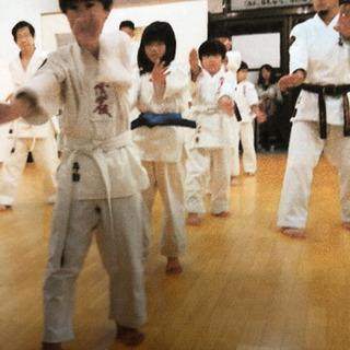 沖縄の伝統武道を一緒に学びませんか!