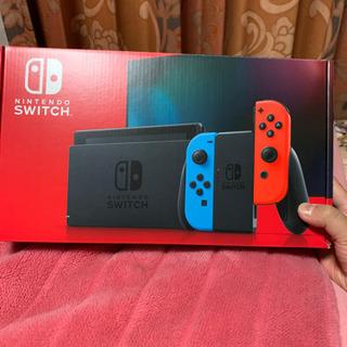 Nintendo Switch 本体 ネオンブルーレッド【新モデ...