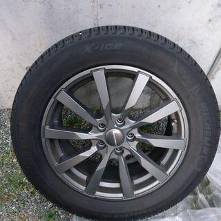 【中古】フォード クーガ トレンドで使用 スタッドレスタイヤ ラ...