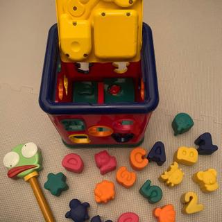 知育道具 絵合わせブロックと鍵開け、音楽
