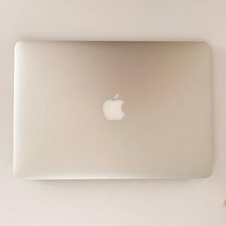 MacBook air 13-inch Early 2015