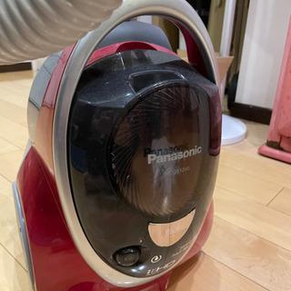 【売ります】panasonic サイクロン掃除機