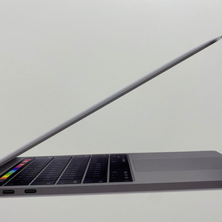 Apple MacBook Pro 2019年モデル 256GB...