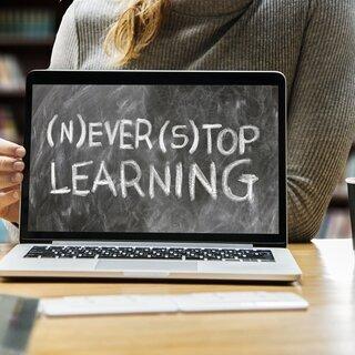 注目!12月割引&初回無料有のプログラミング授業!【オンライン】