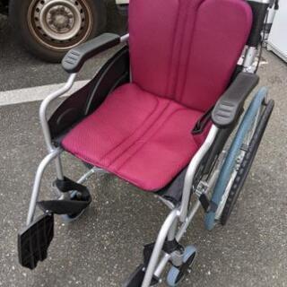 【美品】車椅子 ケアテックジャパン アルミ製 折りたたみ …