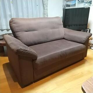IKEAの2人掛けソファー