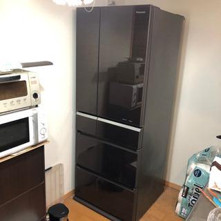 ブラウン色のPanasonicのガラストップ6ドア冷蔵庫2…