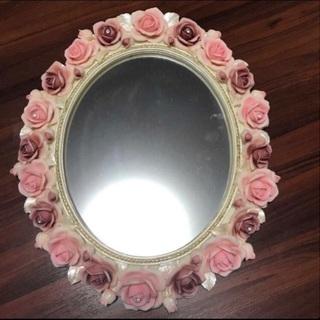 【ネット決済・配送可】壁掛け薔薇ミラー売ります!