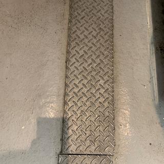 側溝 溝板 4枚セット - 鎌倉市