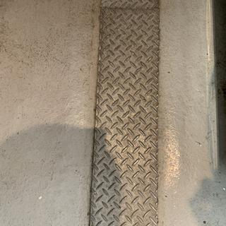 側溝 溝板 4枚セットの画像