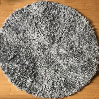 ニトリ 円形ラグ