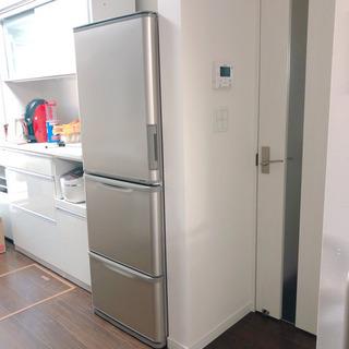 お譲り先が決まりました!2016年製SHARPの冷蔵庫350L 両ドア