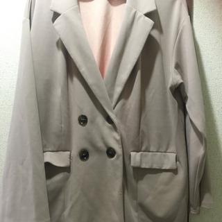 ピンク系の薄めのジャケット