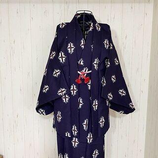 M11004 美品 絣 着物 浴衣 羽織付き 紺 模様 かすり ...