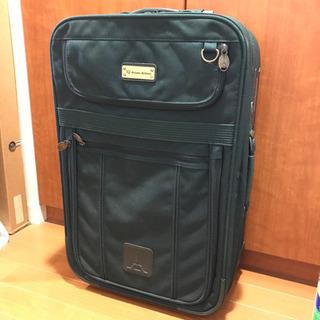 アシアナ航空ロゴのスーツケース