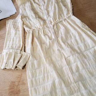 お洋服のリメイク、お直し、布もの縫製たまわります。