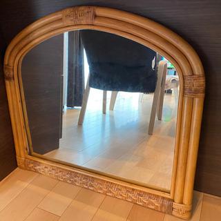 籐の大きな鏡
