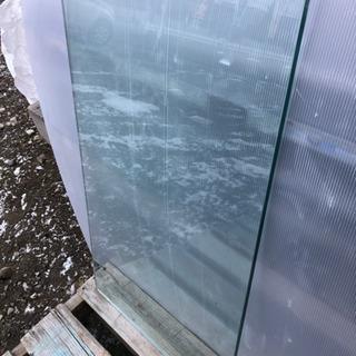 強化ガラス 12ミリ厚 天板などに!