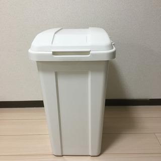 ダストボックス、ゴミ箱の画像