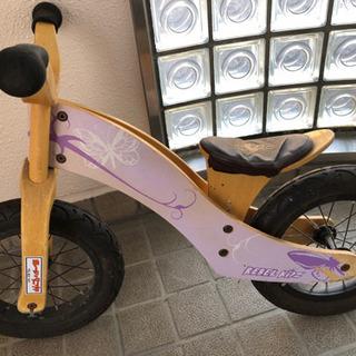 木製キックバイク