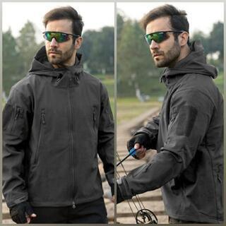 Yahoo完売新品未使用ソフトシェルジャケット ジャンパー 防風防水 メンズ - 売ります・あげます