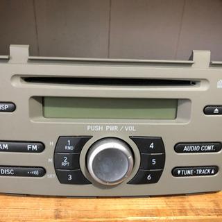 ダイハツ 275ミラ純正デッキ ラジオ、CD。