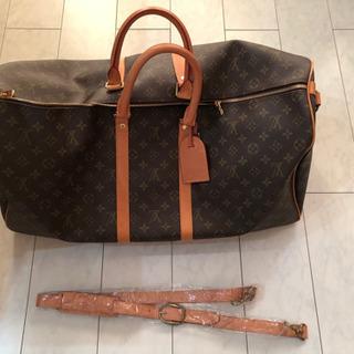 ルイ ヴィトンのボストンバッグです。