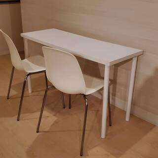 【受付終了】シンプルな白いテーブルと椅子のセット 取りに来…