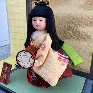 日本人形 ガラスケース付け太鼓を持つ京雅