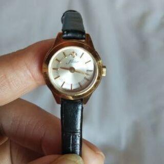 この時計について教えて下さい❗️
