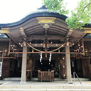 神社で瞑想会&ヨガ 大阪高津宮