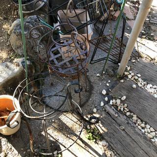 植木鉢の置く台