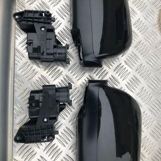 トヨタ純正 純正ドアミラーカバー左右セット(Ⅲ E4 022228 012228)の画像