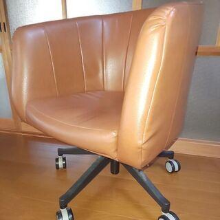 合皮張り椅子