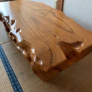 一枚板の檜座卓